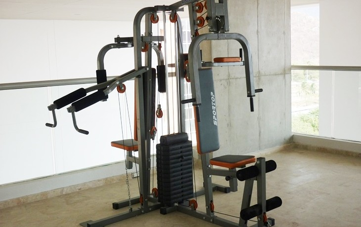 Maquina multiple Gimnasio