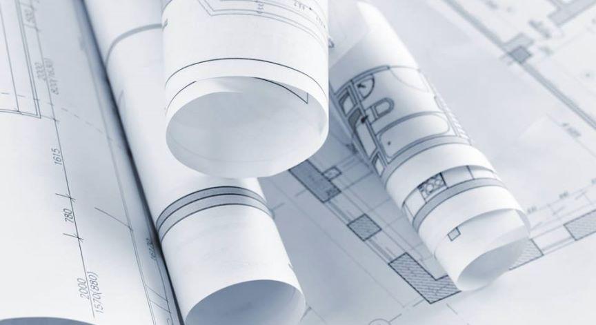 Proyectos sobre planos y en Construción.