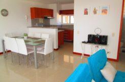 Comodo apartamento con abundante luz y ventilación en Pozos Colorados, Condominio Zazue
