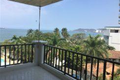 Amplio Apartamento con vista al mar, 2 alcobas, 2 baños