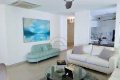 Amplio apartamento 4 alcobas 5 baños en el Barrio Bavaria 240 m2