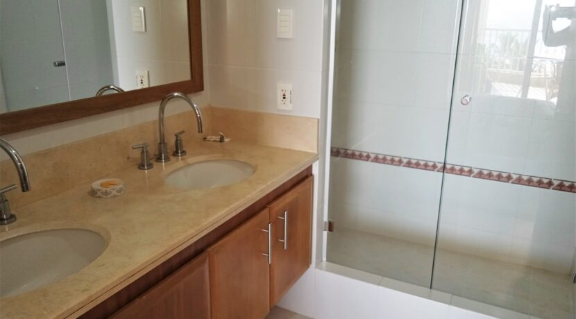 Apartamento en venta Irotama del Sol030