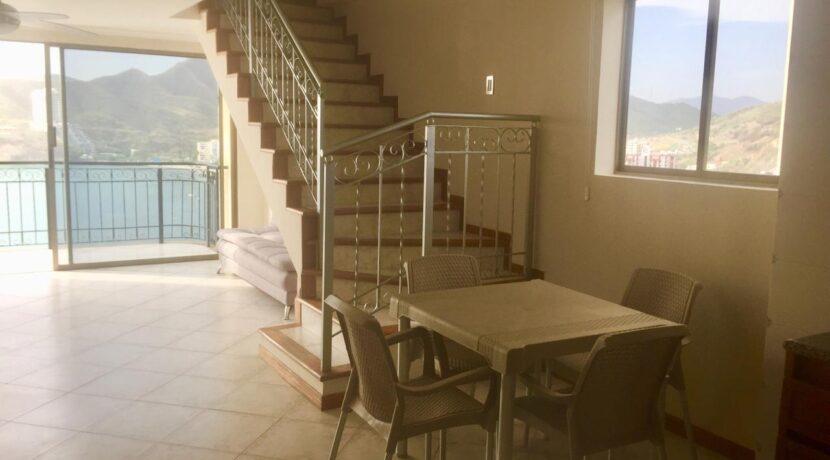04 Apartamento de una habitacion 2 baños con vsita al mar