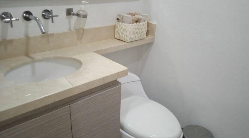 Apartamento dos alcoba 2 baños en Rocca Di Mare 00021