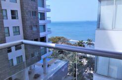 Apartamento de 2 habitaciones y 2 baños Vista al mar -Edificio Rocca Di Mare